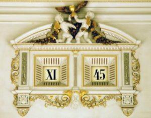 Fuenf-Minuten-Uhr-Semper-Oper-Dresden