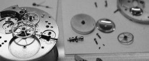 Uhrmacher, Uhrenreparatur