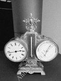 Tischuhr-Barometer